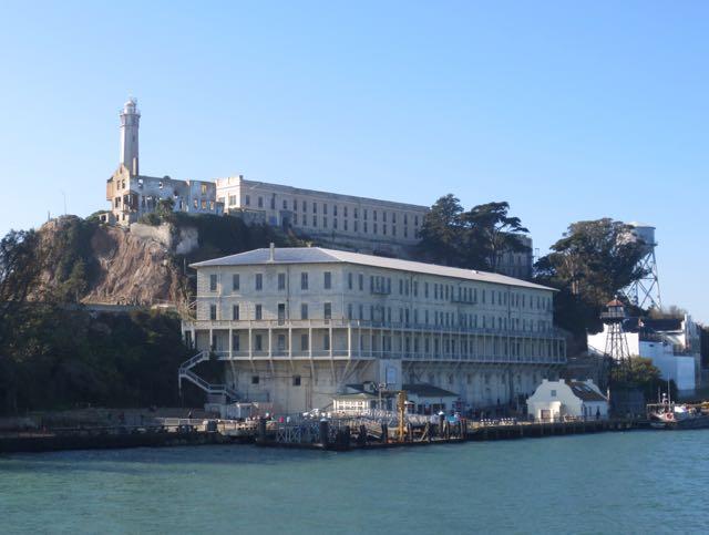 Alcatraz vom Boot aus